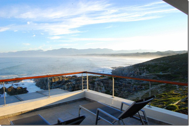Breathtaking vistas from Cliff Lodge De Kelders