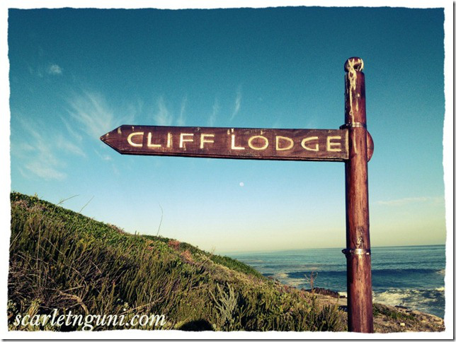 Cliff Lodge sign De Kelders